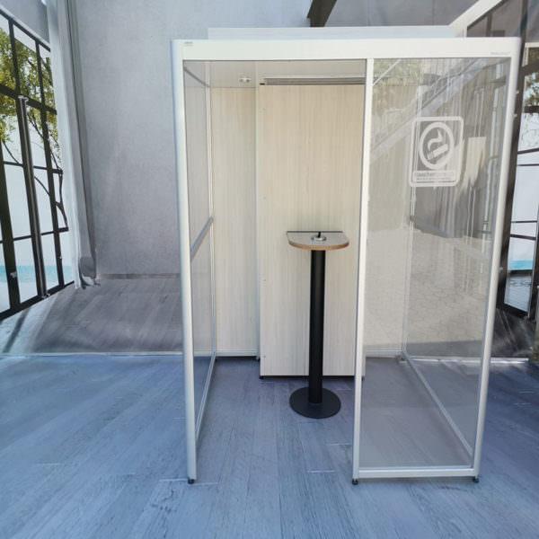 Dreiseitig geschlossene Indoor Raucherkabine Exclusive